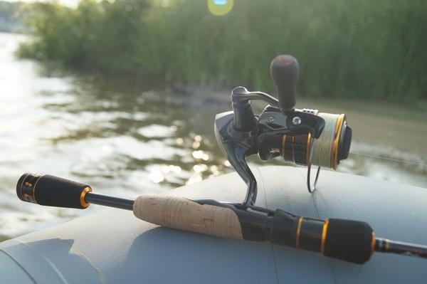 В какое время суток лучше ловить щуку летом на спиннинг